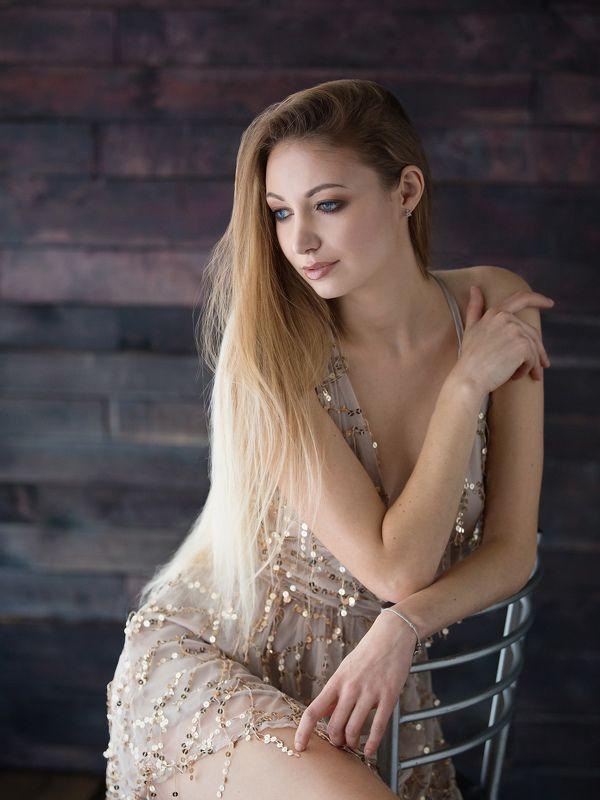 портрет, девушка Алёнаphoto preview