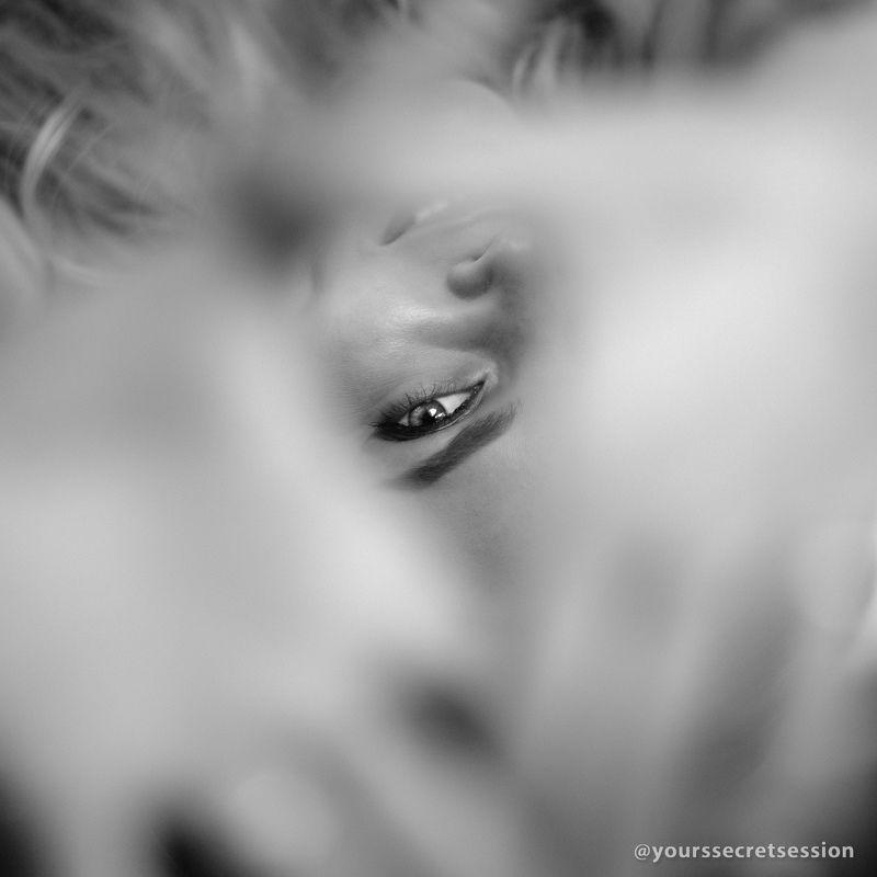 чб, девушка, глаз Глазикphoto preview
