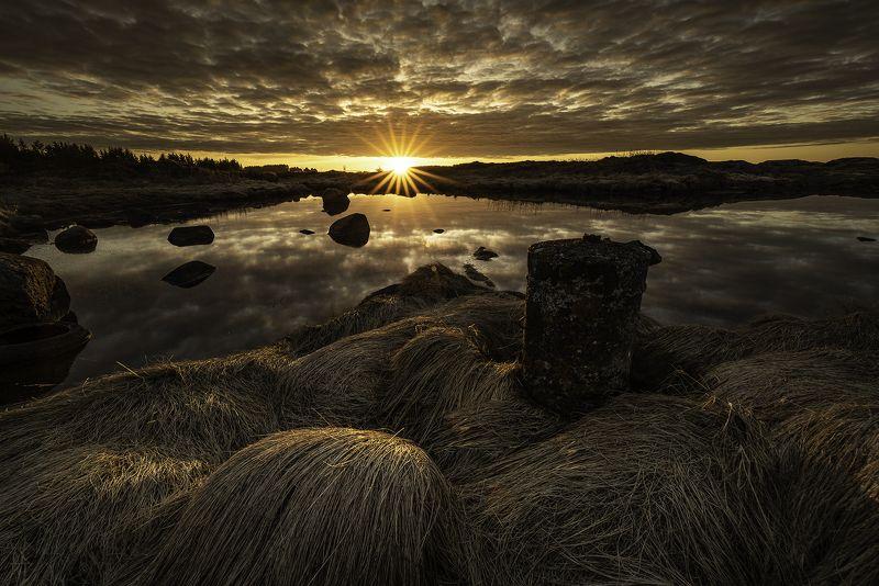 sunset, norway, more og romsdal, hustadvika, storholmen, landscape, golden hour Sunset at Storholmen - Norwayphoto preview