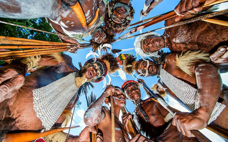 new guinea, papuan, papua, tribe, dani dugum Папуасыphoto preview