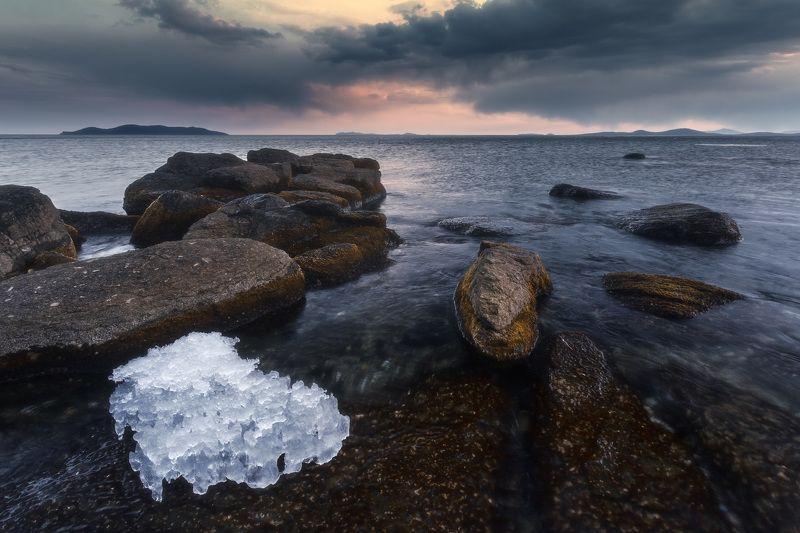 весна, море, скалы, лёд Осколки зимы.photo preview