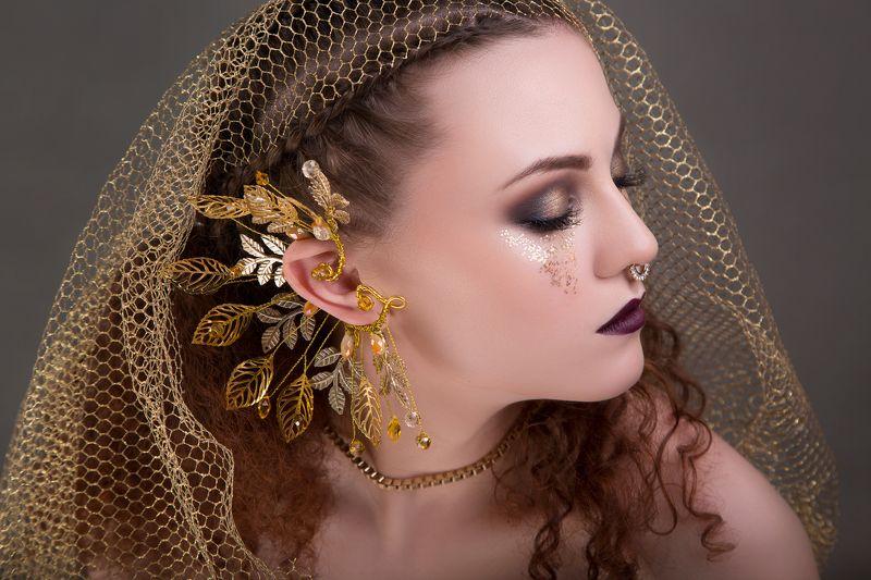 девушка, портрет, взгляд, макияж Радмилаphoto preview