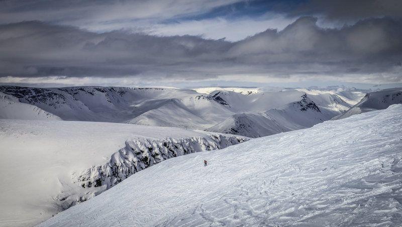 Одинокий лыжник.photo preview