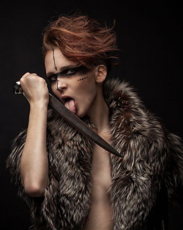 warhammer, fb, мародёр, хаоса, неделимого, нож, девушка мародёр Хаоса Неделимогоphoto preview