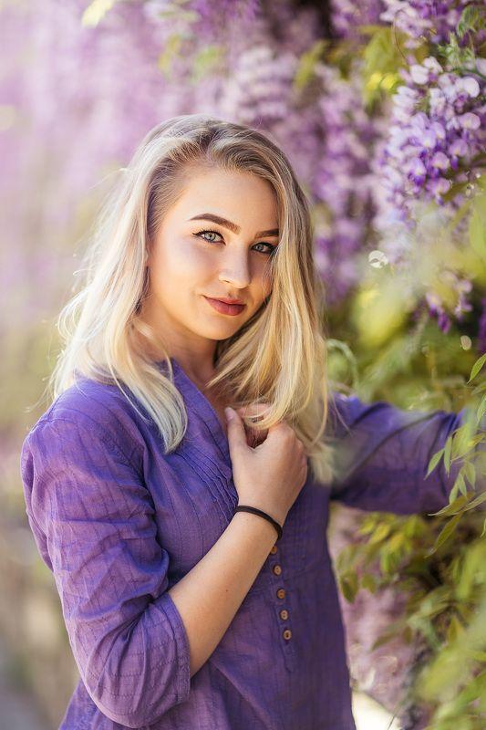 blonde, purple, sunny, springtime,  Portrait of V.photo preview