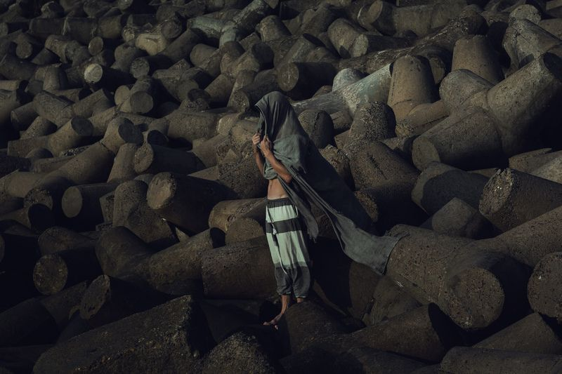 .among the stones.photo preview