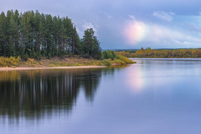 вечер осень река пинега лес деревья вода облако Проплывало облачкоphoto preview