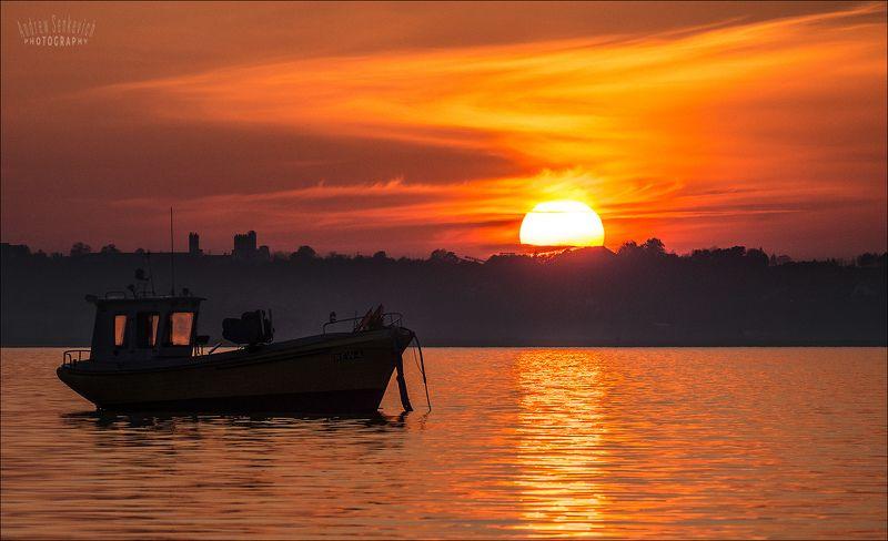 балтийский берег, закат, лодка, море, солнце Всем, кто ложится спать... :)photo preview