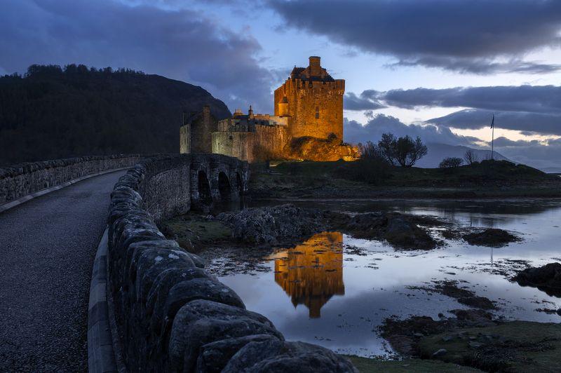 Eilean Donan Castle. Scotlandphoto preview