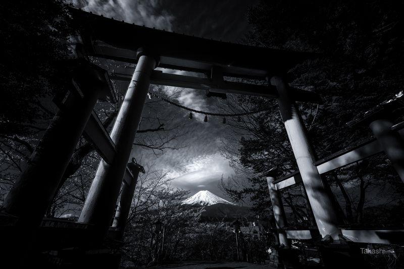 Fuji,Japan,mountain,gate,torii,cloud, Gate of sacred areaphoto preview