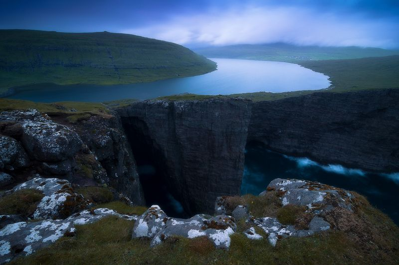 faroeislands Lake over the Oceanphoto preview