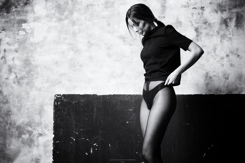 portrait, girl, beauty, blackandwhite, sensual Linaphoto preview