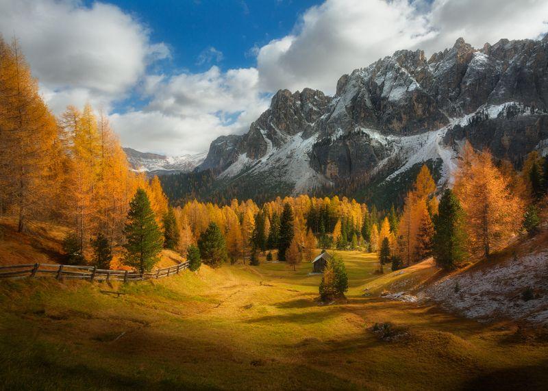 осень, италия, лес, облака, горы, скалы Доломитова осеньphoto preview