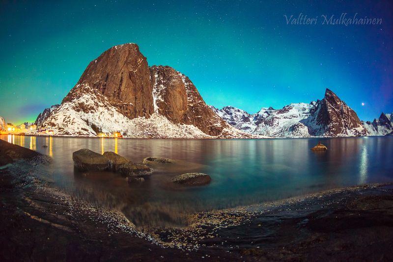 Огни скандинавской ночиphoto preview