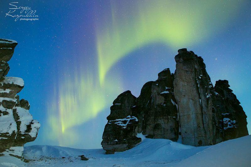 якутия, улахан-сис, северное сияние Высокое напряжениеphoto preview