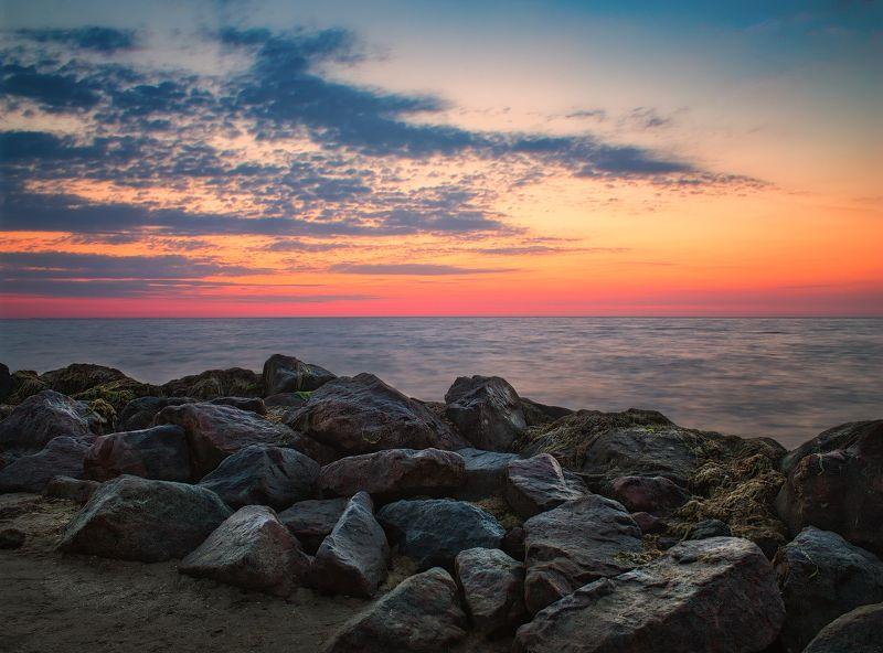 море, рассвет, камни, Рассвет возле камнейphoto preview