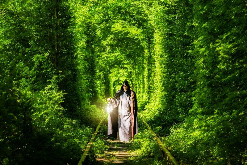 Я покажу вам дорогу в мир магии!photo preview