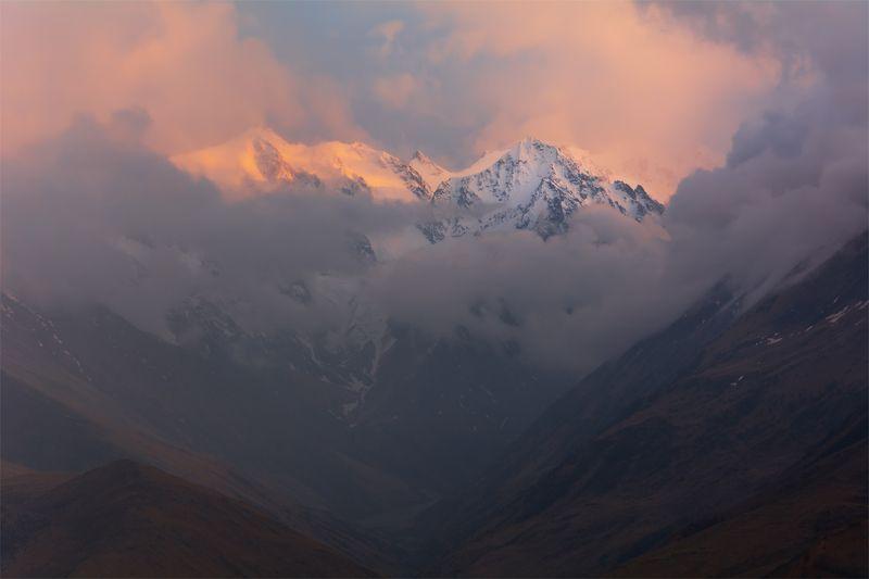 природа, пейзаж, горы, кавказ, закат, вечер, весна, путешествие, небо, облака *photo preview