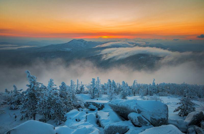 Облака, рассвет, зима, снег, туман, горы, Приморский край Зимний рассветphoto preview