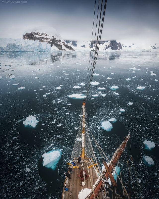 антарктида Во льдах Антарктидыphoto preview