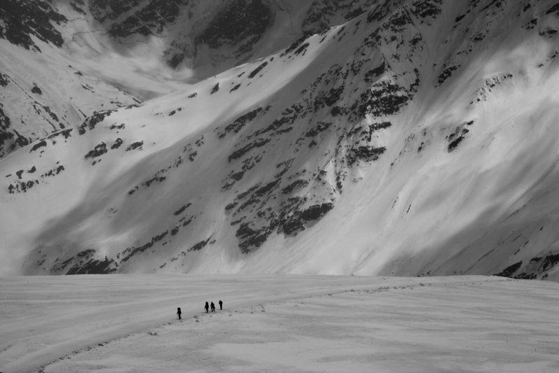 горы, природа, походы, путешествие, зима Восходящие на Эльбрусphoto preview