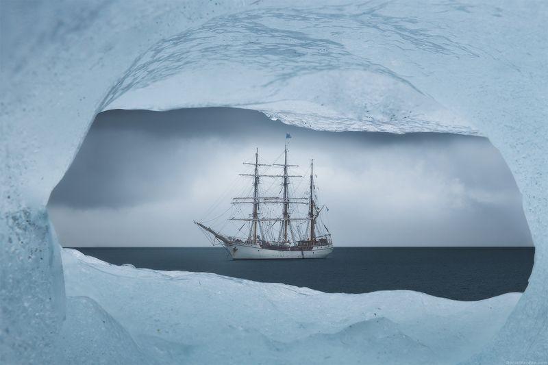Антарктида Корабль в бутылкеphoto preview