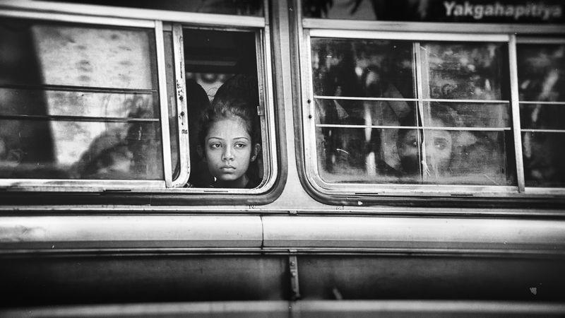 дорога, автобус, канди, шри-ланка, девушка, взгляд в окне Взгляд в окне.photo preview