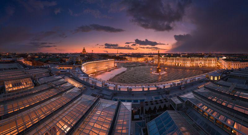 Вечерний Петербург. Панорама Дворцовой площадиphoto preview