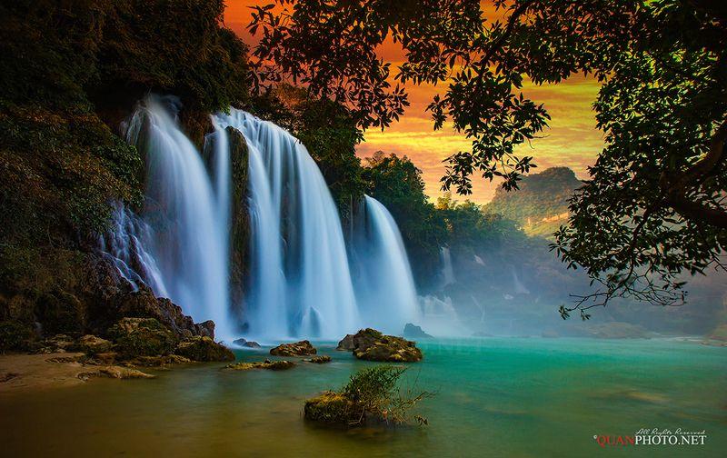quanphoto, landscape, nature, long_exposure, waterfall, sunset, sundown, twilight, dust, vietnam Waterfall in Sunsetphoto preview