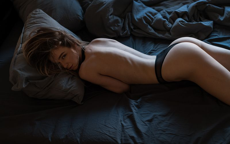 girl, nude, bed, at home, natural light, коверильича Annphoto preview