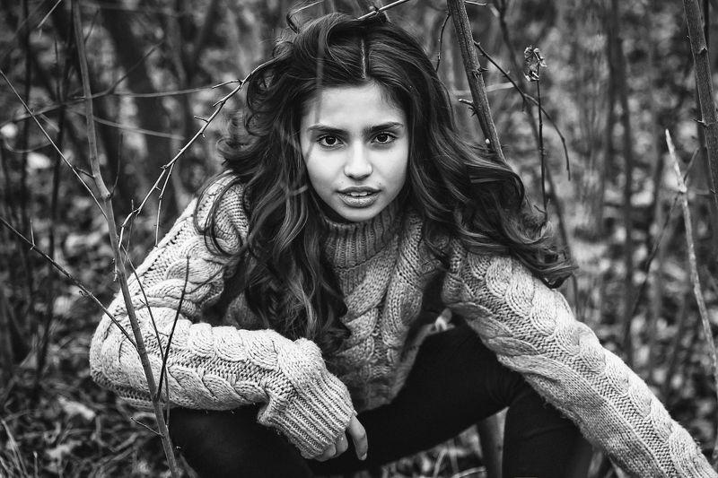 портрет, модель, девочка, черно-белое, осень Ксенияphoto preview