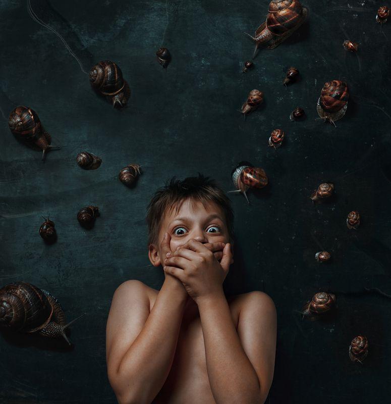 фобия, страх, ребенок, мальчик, портрет, улитка Phobiaphoto preview