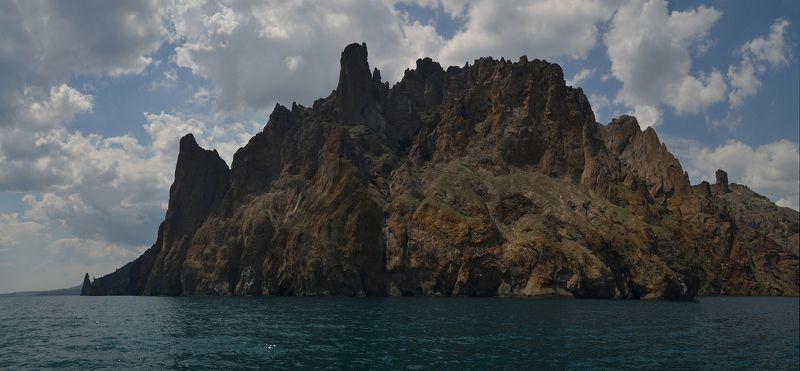 Карадаг - потухший вулканphoto preview