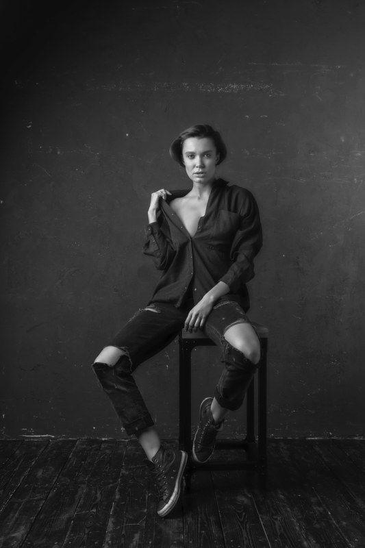 портрет, жанр, девушка, студия Чучаphoto preview