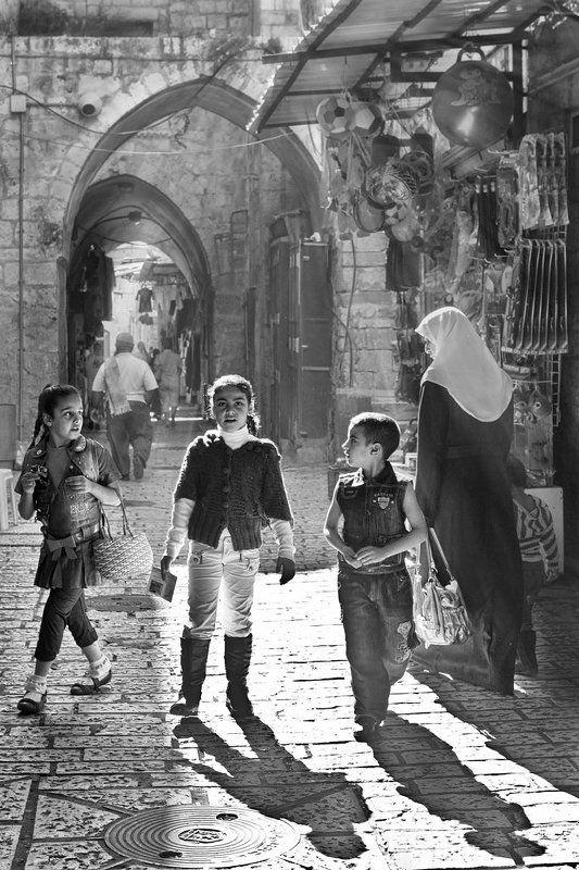 свет, старый, город, гюстав, доре, иерусалим Любовь к Гюставу Доре или свет Старого города. фото превью