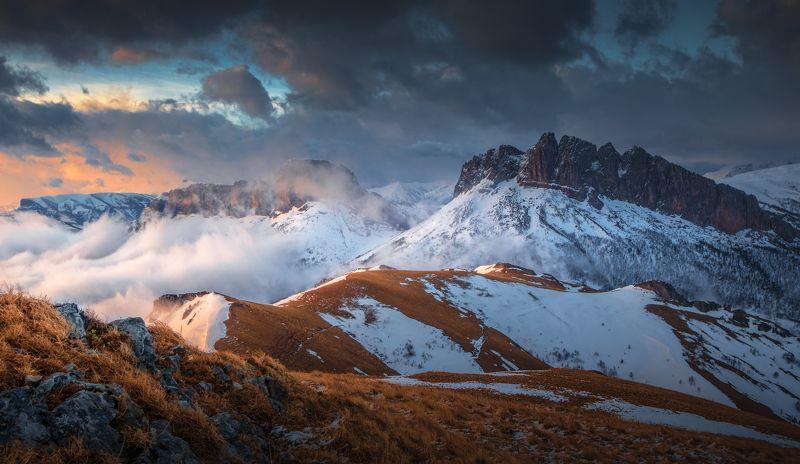 адыгея, чертовы ворота, ачешбоки, кавказ, горы, весна Чертовы воротаphoto preview