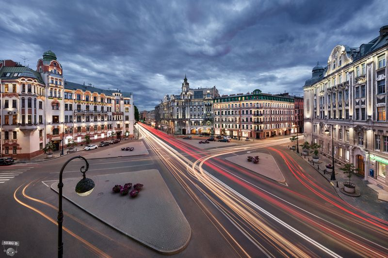 Австрийская площадьphoto preview
