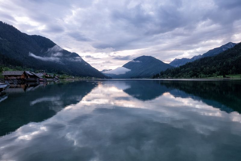 Sunrise in the lake Weissensee IIIphoto preview