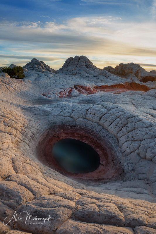 сша, пустыня, аризона, озеро, лужа, вода, абстракция, камни, скалы, вечер, утро, закат, расвет, Глаз Драконаphoto preview