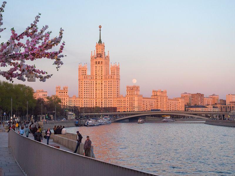 москва столица  moscow msk russia россия urban landscape Весна пришлаphoto preview