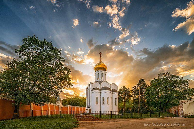 солнце, лучи, церковь пимена угрешского, николо-угрешский монастырь, sun, rays, church of pimen ugreshsky, nikolo-ugreshsky monastery, Знамениеphoto preview