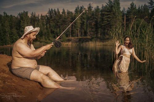 Голые девки на рыбалке фото эта