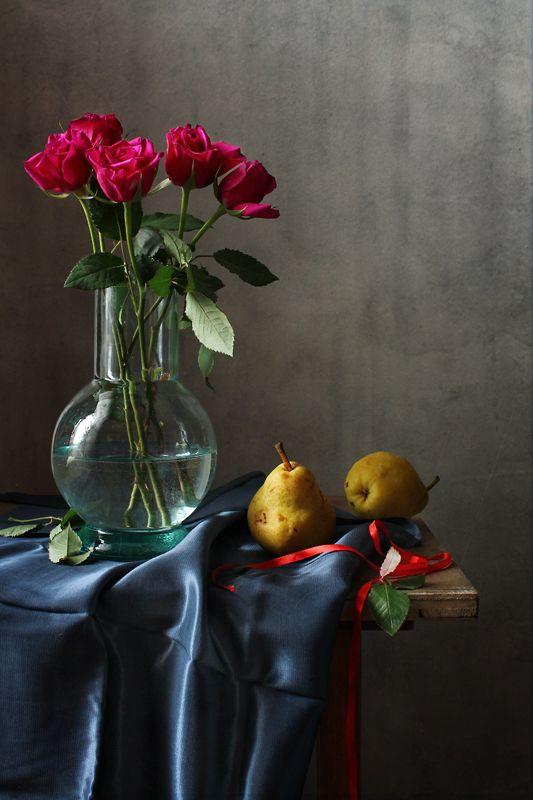 натюрморт, розы, груши, красная лента Этюд с розами и грушамиphoto preview