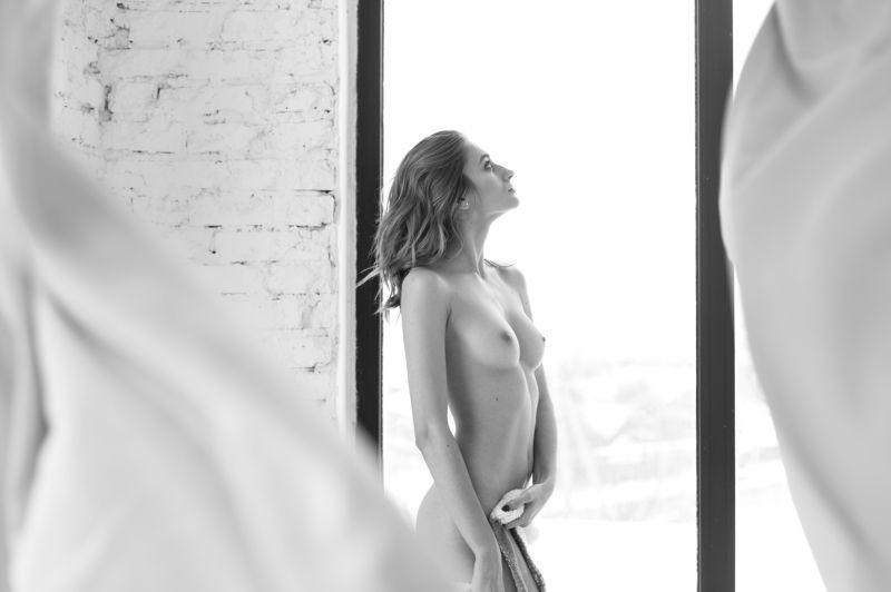 nude,bw,girl,beautiful Viktoriaphoto preview