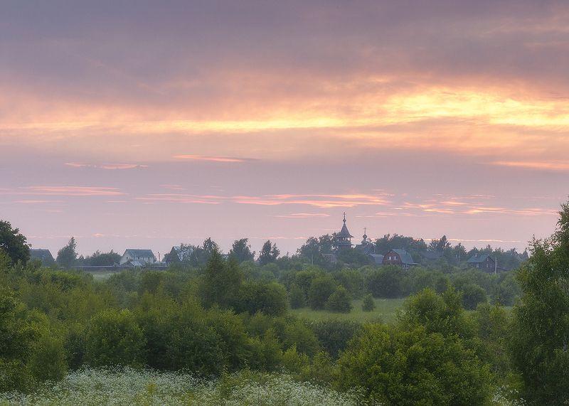 храм,закат,природа,пейзаж,небо,поля,православие,вера,россия Закатное небо над Благовещеньем.photo preview