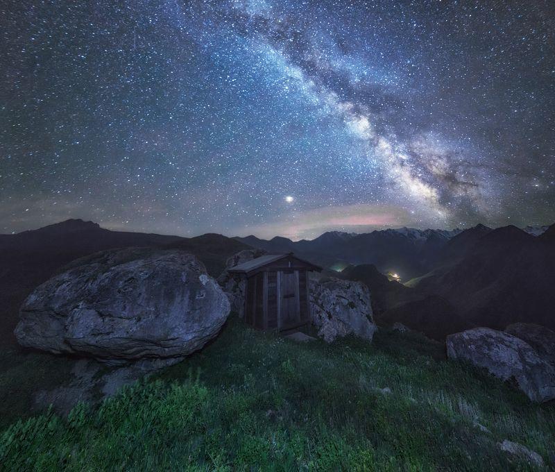 кавказ, северная осетия В горах Осетии.photo preview