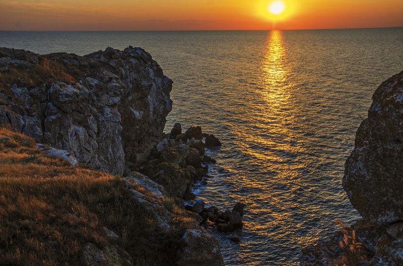 nevant60, пейзаж, красота, небо, закат Закат в бухте Генеральских пляжейphoto preview