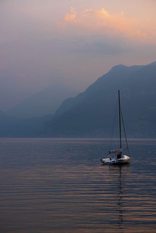 италия, озеро гарда, вечер Озеро. Вечерphoto preview