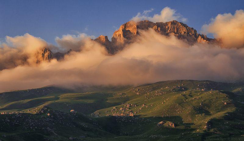 россия, кавказ, северная осетия, горы, облака, вечер, пейзаж Феерия кавказских горphoto preview