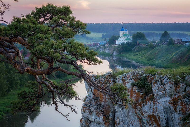 Храм Георгия Победоносца в Слободеphoto preview